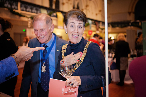 The-Mayor-at-Wine-Festival-Winchester-2015